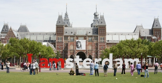 Du học Hà Lan trường Đại học Amsterdam