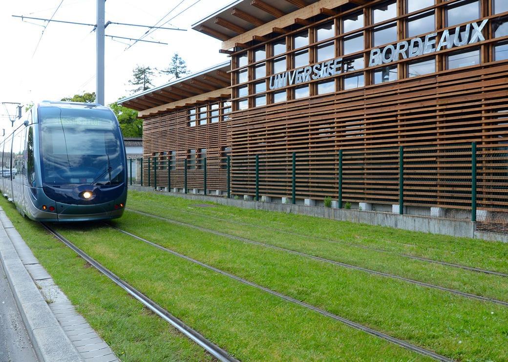 A11-1040x740-C-universite-de-Bordeaux_Grande