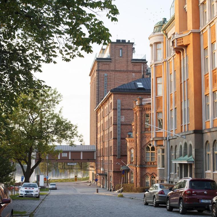 Katunäkymiä Vaasassa.