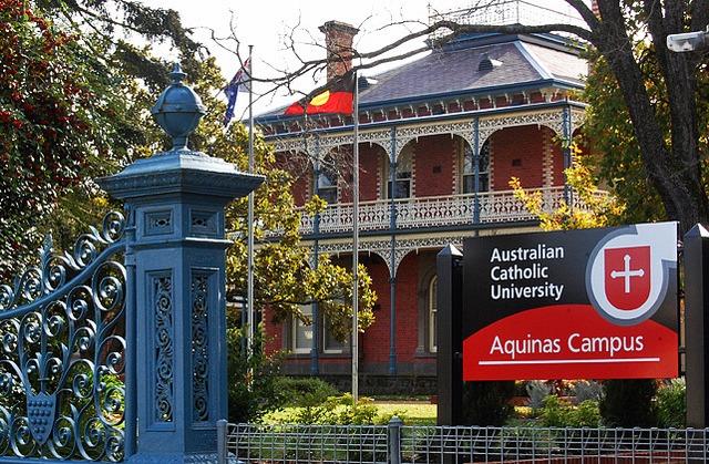 Du học tại Trường Đại học Công giáo Úc (Australian Catholic University)