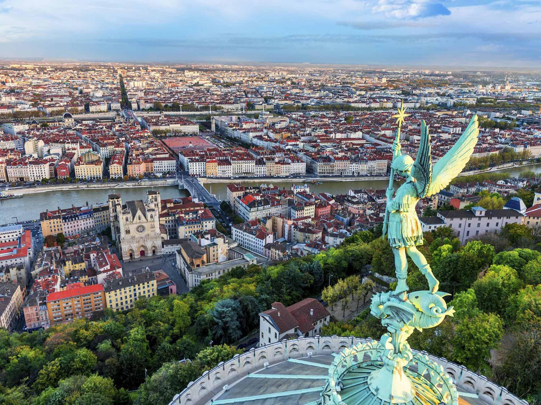Hệ thống đại học công ở  Lyon