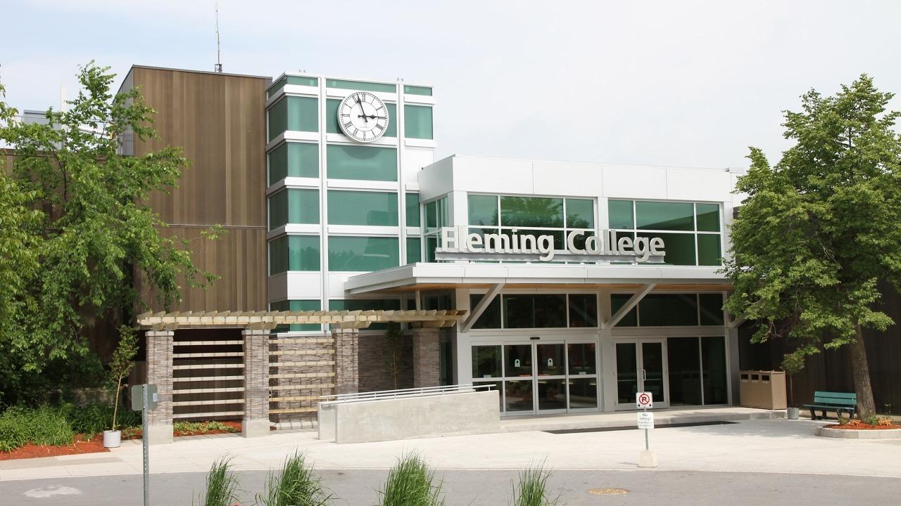 Fleming College – Sự lựa chọn tuyệt vời dành cho các bạn sinh viên Việt Nam du học Canada