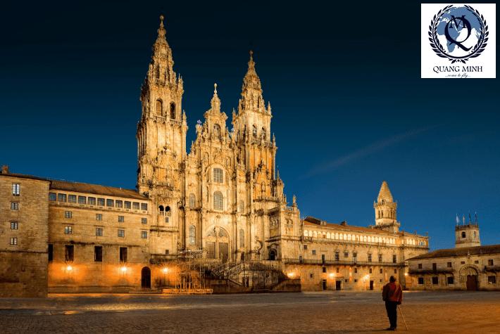 Trường Đại Học Santiago De CompostelaUniversity (USC), Tây Ban Nha – tâm điểm chú ý của Du học sinh 2019