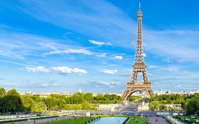 TOP NHỮNG ĐỊA ĐIỂM THAM QUAN KHÔNG THỂ BỎ LỠ TẠI PARIS, PHÁP